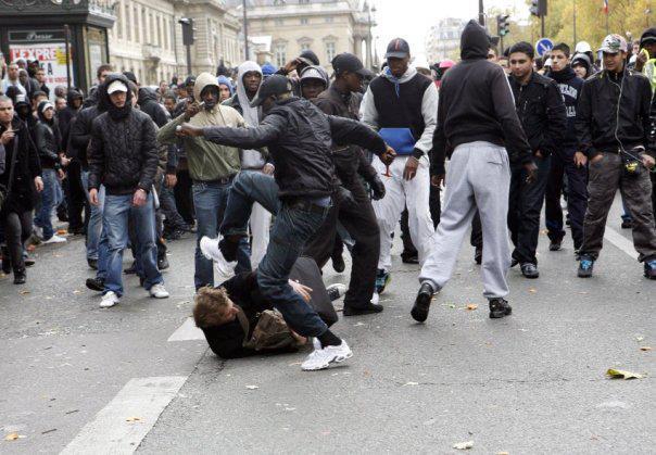 La France va imploser d'ici à 2025 dans Les